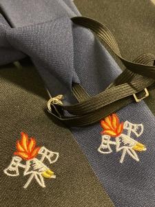 Feuerwehr Krawatte 100% Wolle gestickt mit Feuerwehremblem und Gummizug