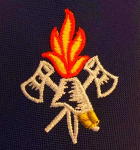 Logo Feuerwehr gestickt Motiv Akt Helm und Flamme